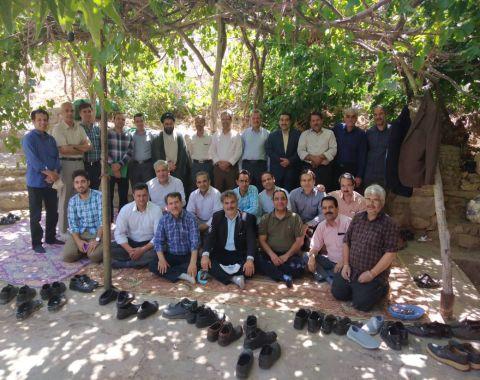 برگزاری جلسه شورای دبیران